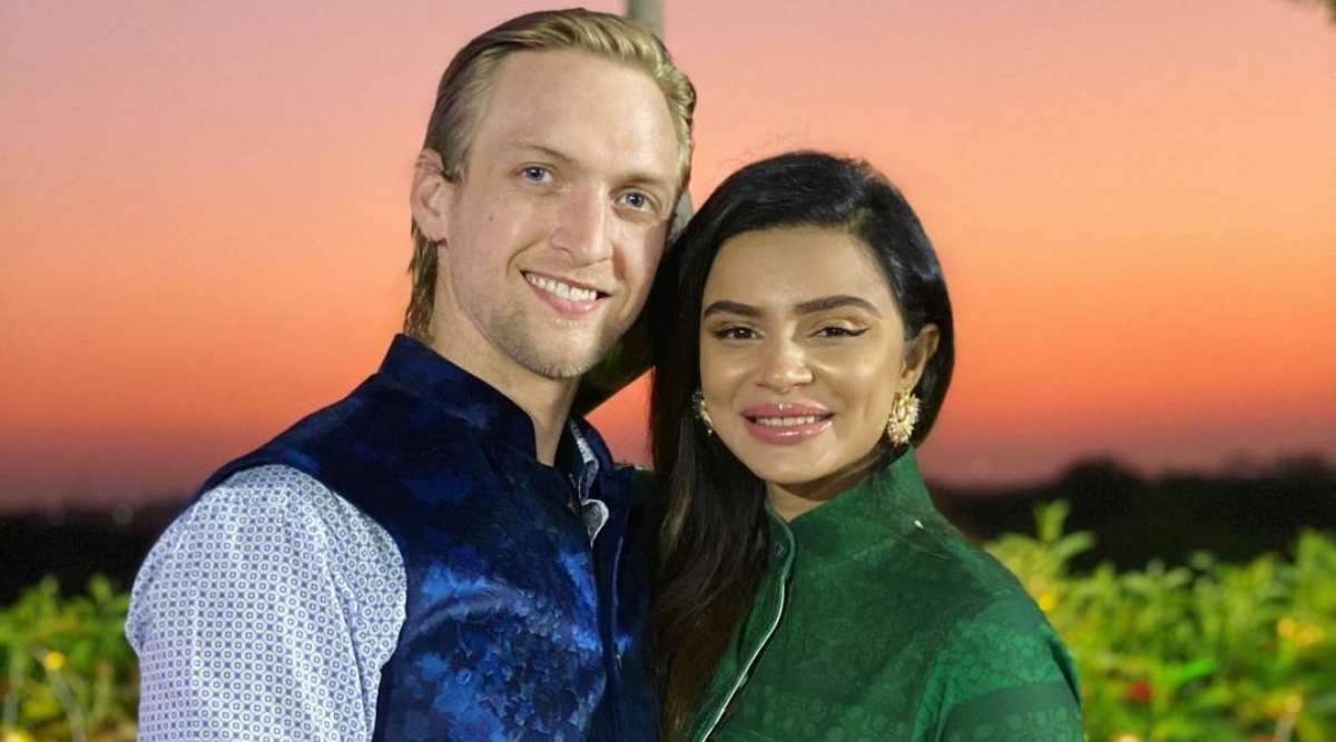 आशका गोरडिया और उसके पति ब्रेंट Goble हुए इस बीमारी का शिकार