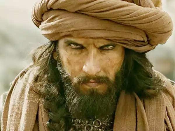 अलाउकिक देसाई की सीता में रावण का किरदार निभाएंगे रणवीर सिंह