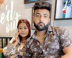 शहनाज गिल का भाई शहबाज़ अरबाज़ खान की प्रेमिका जियोर्जिया एंड्रियानी के साथ....